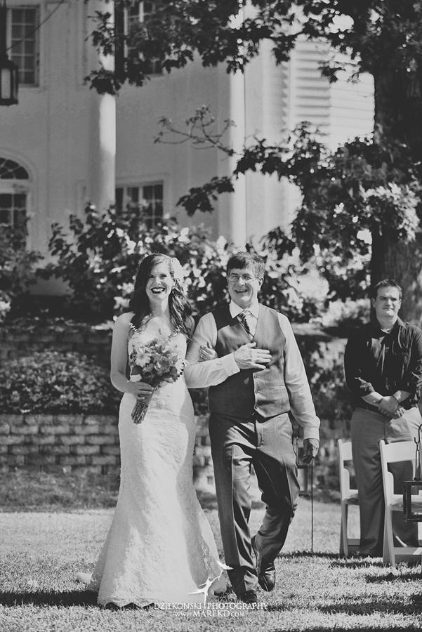 Stephanie-Adam-waldenwoods-resort-summer-wedding-hartland-ceremony-lake-outdoor-tent23