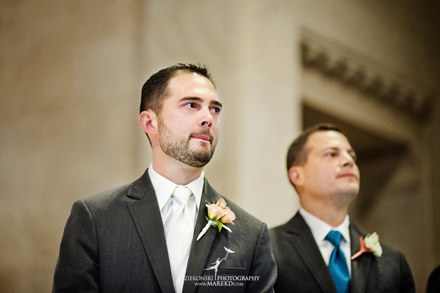 captains-club-fenton-grand-blanc-wedding-ceremony-reception-michigan-david-emily-catholic08