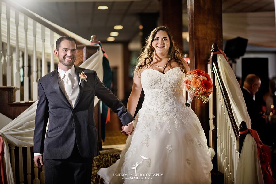 captains-club-fenton-grand-blanc-wedding-ceremony-reception-michigan-david-emily-catholic28