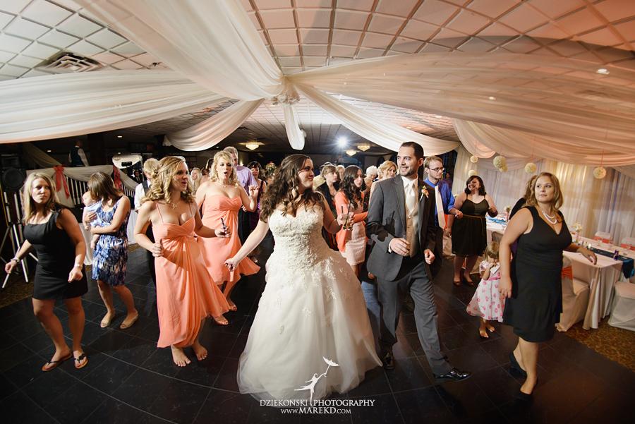 captains-club-fenton-grand-blanc-wedding-ceremony-reception-michigan-david-emily-catholic42