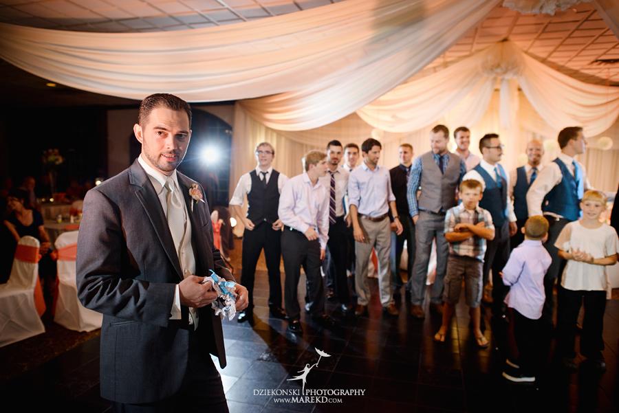 captains-club-fenton-grand-blanc-wedding-ceremony-reception-michigan-david-emily-catholic44