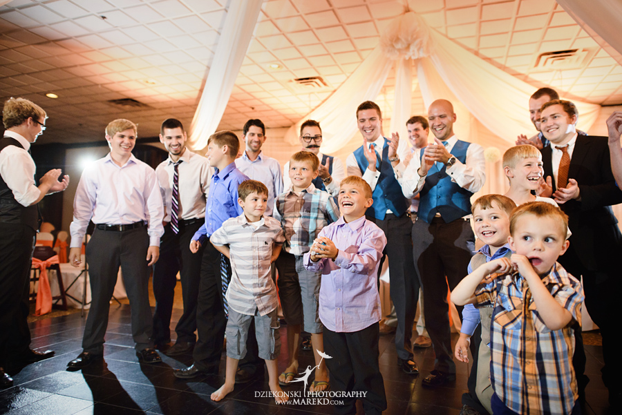 captains-club-fenton-grand-blanc-wedding-ceremony-reception-michigan-david-emily-catholic45