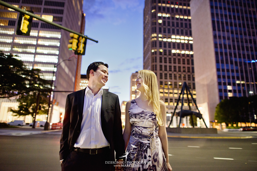 joaquim-tanisa-downtown-detroit-metro-michigan-photographer-engagement-session-beautiful-yellow-urban-sunset12