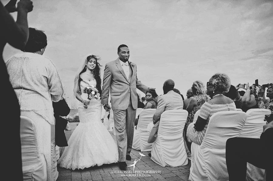 Bentrelle Dameon infinity ovation yacht wedding marina water reception ceremony detroit metro river boat19 - Bentrelle and Dameon