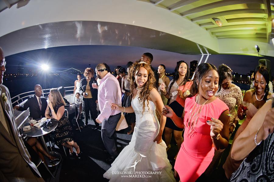 Bentrelle Dameon infinity ovation yacht wedding marina water reception ceremony detroit metro river boat42 - Bentrelle and Dameon