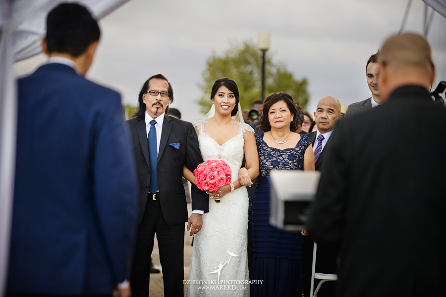 Gina_Shem_infinity-ovation-detroit-river-boat-yacht-water-cruise-photographer-wedding-reception-ceremony-captain21