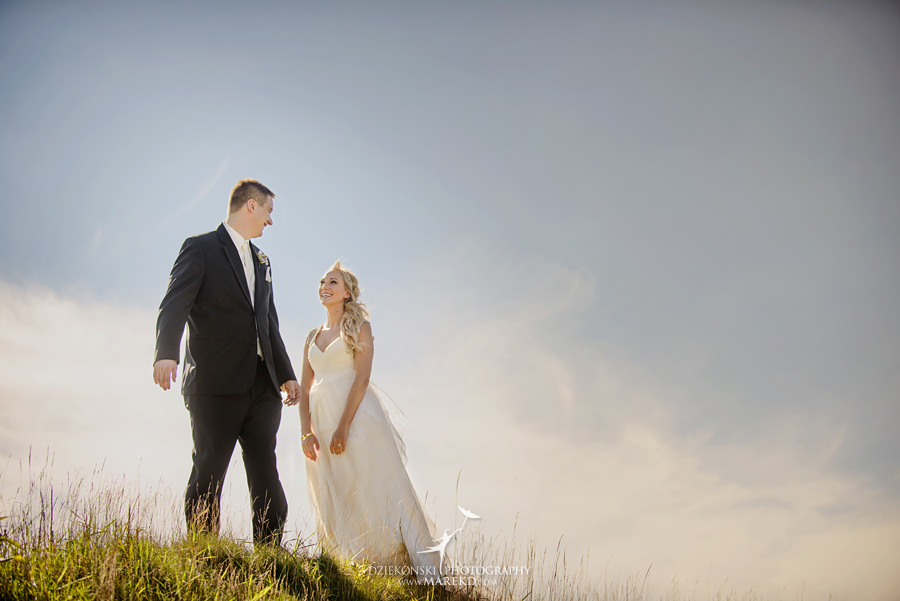 Jen-Andrew-indianwood-golf-club-lake-orion-metro-detroit-pictures-wedding-ceremony-reception-sunset-fall014