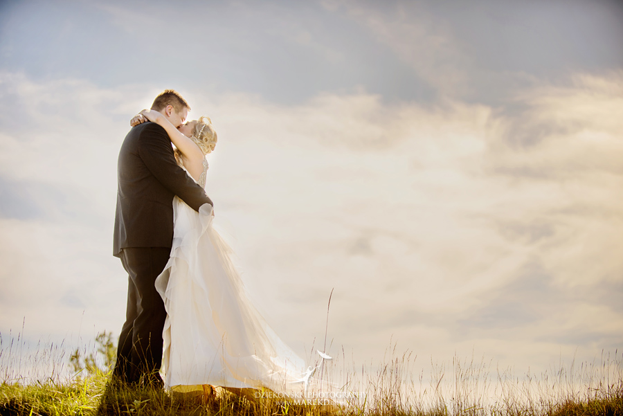 Jen-Andrew-indianwood-golf-club-lake-orion-metro-detroit-pictures-wedding-ceremony-reception-sunset-fall015