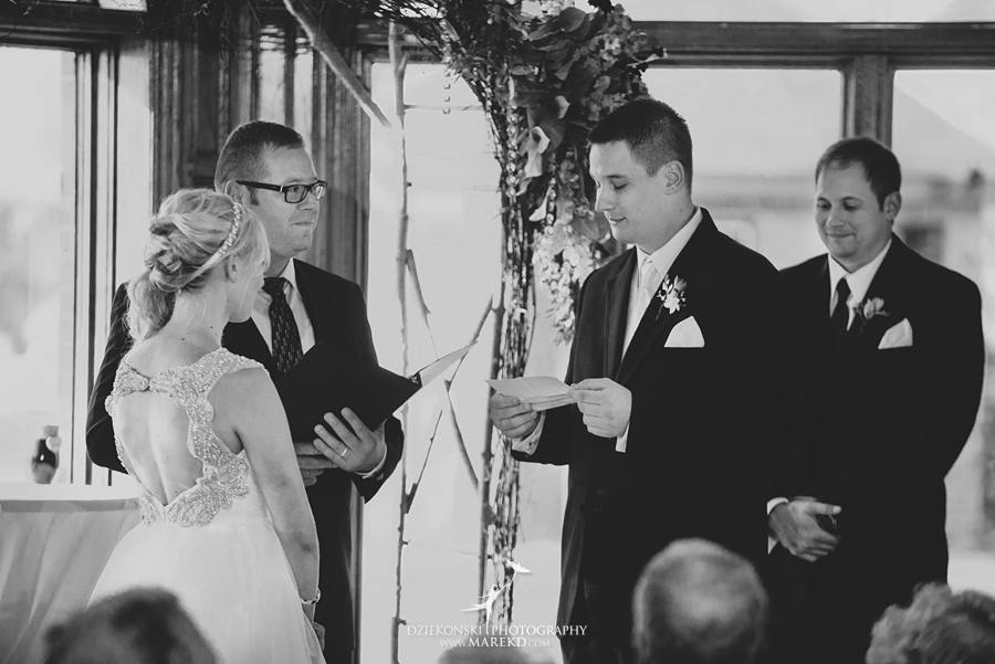Jen-Andrew-indianwood-golf-club-lake-orion-metro-detroit-pictures-wedding-ceremony-reception-sunset-fall021