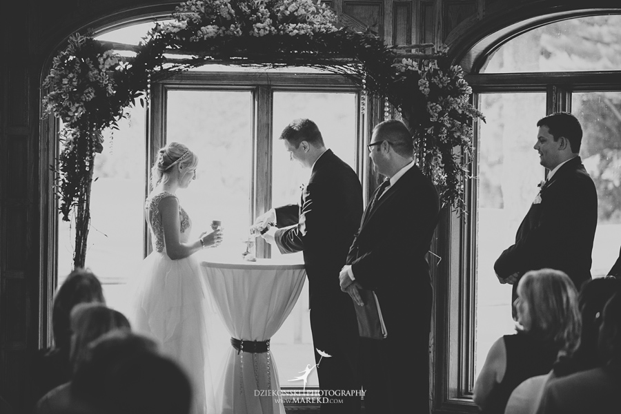 Jen-Andrew-indianwood-golf-club-lake-orion-metro-detroit-pictures-wedding-ceremony-reception-sunset-fall022