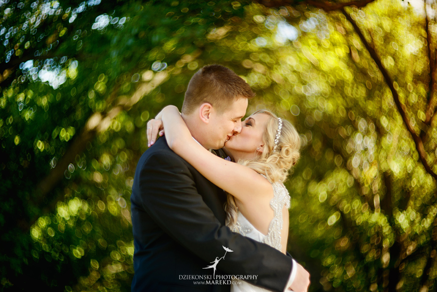 Jen-Andrew-indianwood-golf-club-lake-orion-metro-detroit-pictures-wedding-ceremony-reception-sunset-fall030