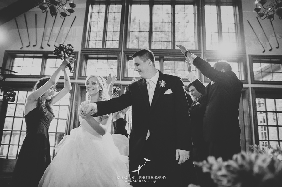 Jen-Andrew-indianwood-golf-club-lake-orion-metro-detroit-pictures-wedding-ceremony-reception-sunset-fall032