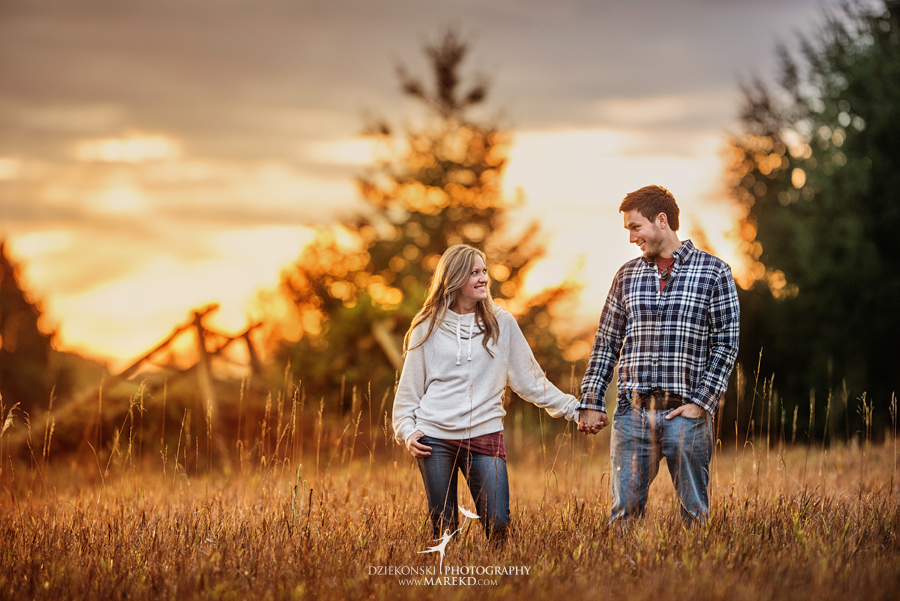 Lisa-Mike-hodack-columbiaville-michigan-nature-family-pictures-michigan-session-sunrise03