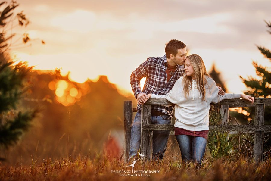Lisa-Mike-hodack-columbiaville-michigan-nature-family-pictures-michigan-session-sunrise05
