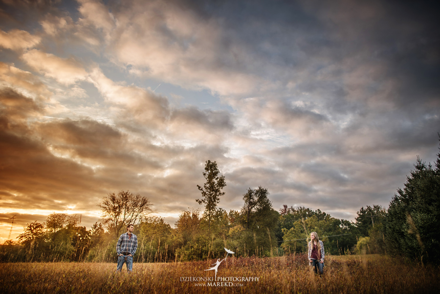 Lisa-Mike-hodack-columbiaville-michigan-nature-family-pictures-michigan-session-sunrise07