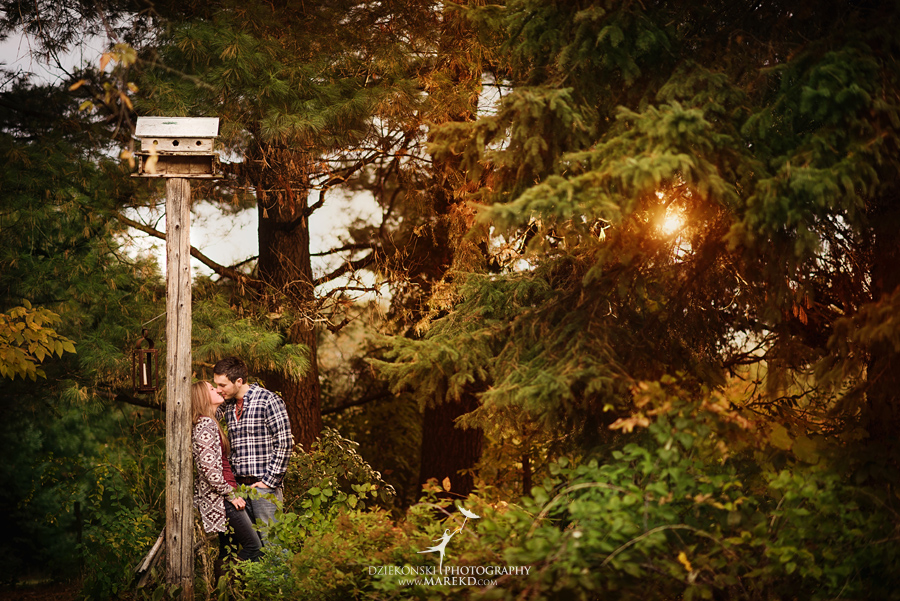 Lisa-Mike-hodack-columbiaville-michigan-nature-family-pictures-michigan-session-sunrise15