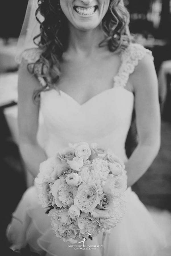 karen-brad-wedding-ceremony-reception-planterra-west-bloomfield-michigan-pictures-greenhouse-photographer16