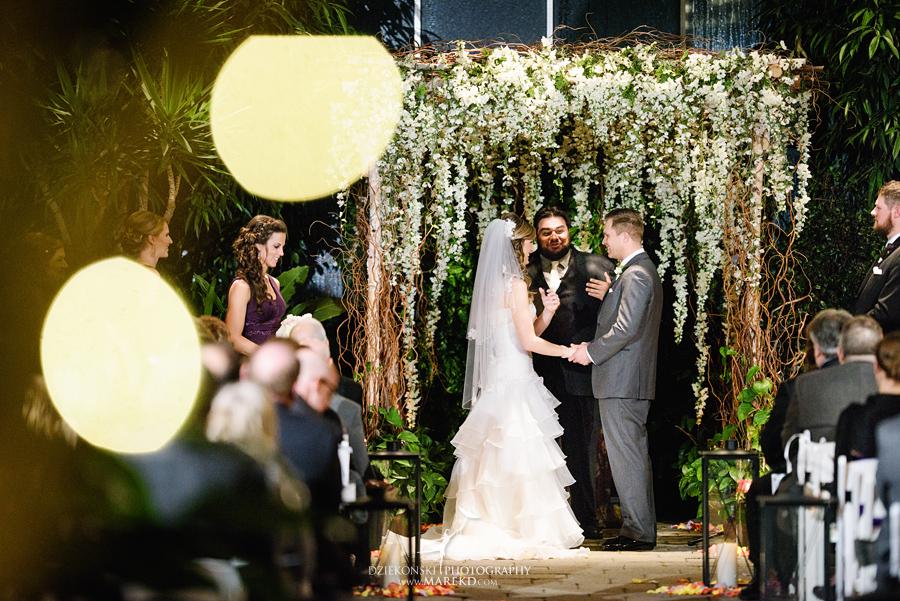 karen-brad-wedding-ceremony-reception-planterra-west-bloomfield-michigan-pictures-greenhouse-photographer22