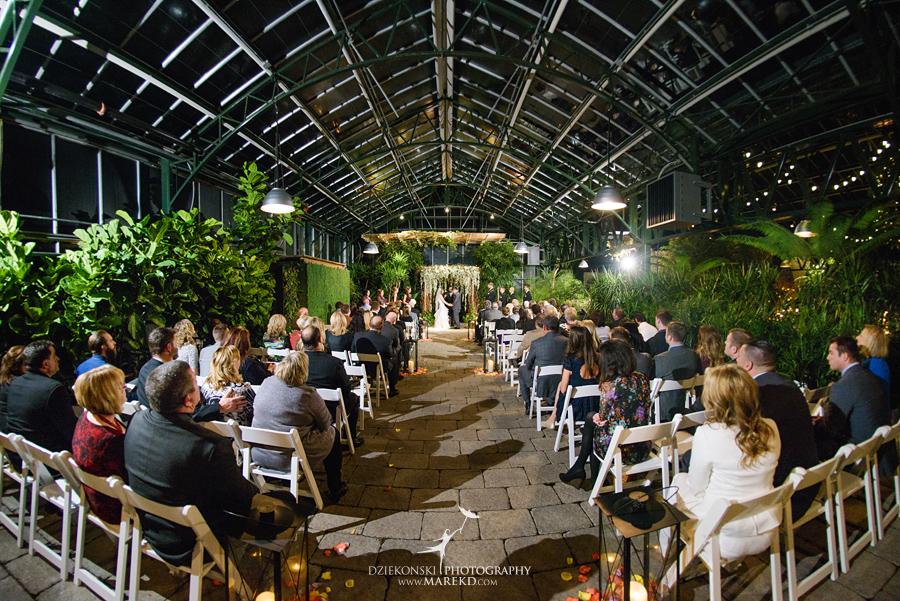 karen-brad-wedding-ceremony-reception-planterra-west-bloomfield-michigan-pictures-greenhouse-photographer23