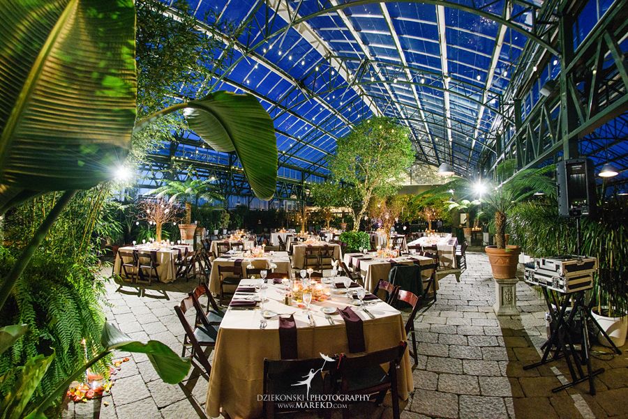 karen-brad-wedding-ceremony-reception-planterra-west-bloomfield-michigan-pictures-greenhouse-photographer30