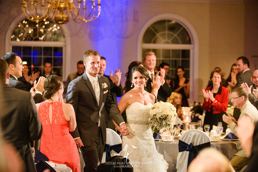 lindsay-chris-cherry-creek-shelby-township-michigan-wedding-ceremony-reception-pictures-fall34