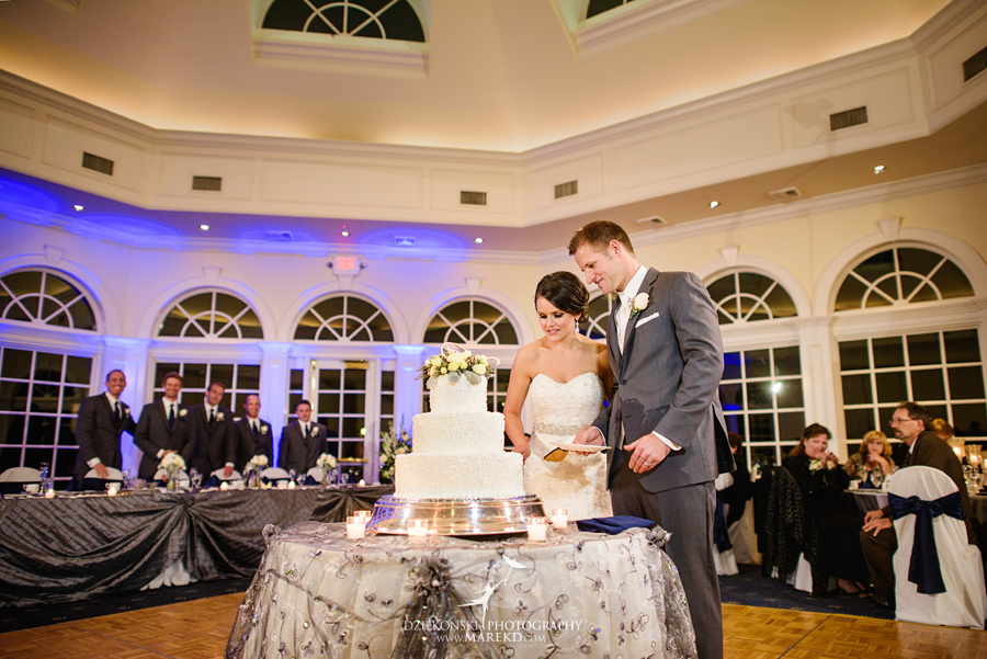 lindsay-chris-cherry-creek-shelby-township-michigan-wedding-ceremony-reception-pictures-fall35