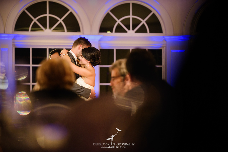 lindsay-chris-cherry-creek-shelby-township-michigan-wedding-ceremony-reception-pictures-fall40