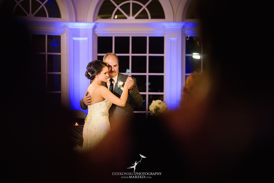 lindsay-chris-cherry-creek-shelby-township-michigan-wedding-ceremony-reception-pictures-fall42
