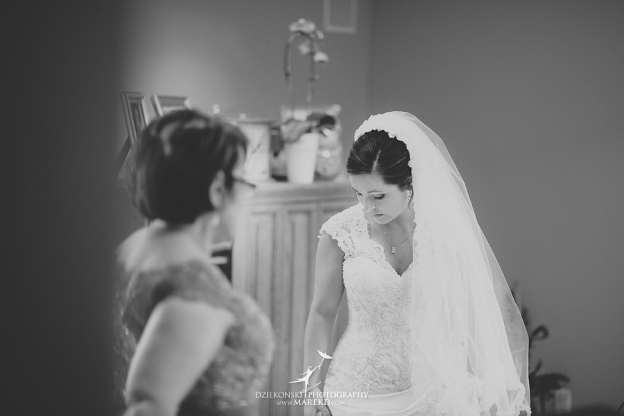 meghan-steve-wedding-ceremony-reception-captains-club-grand-blanc-michigan-winter-dark-photographer06