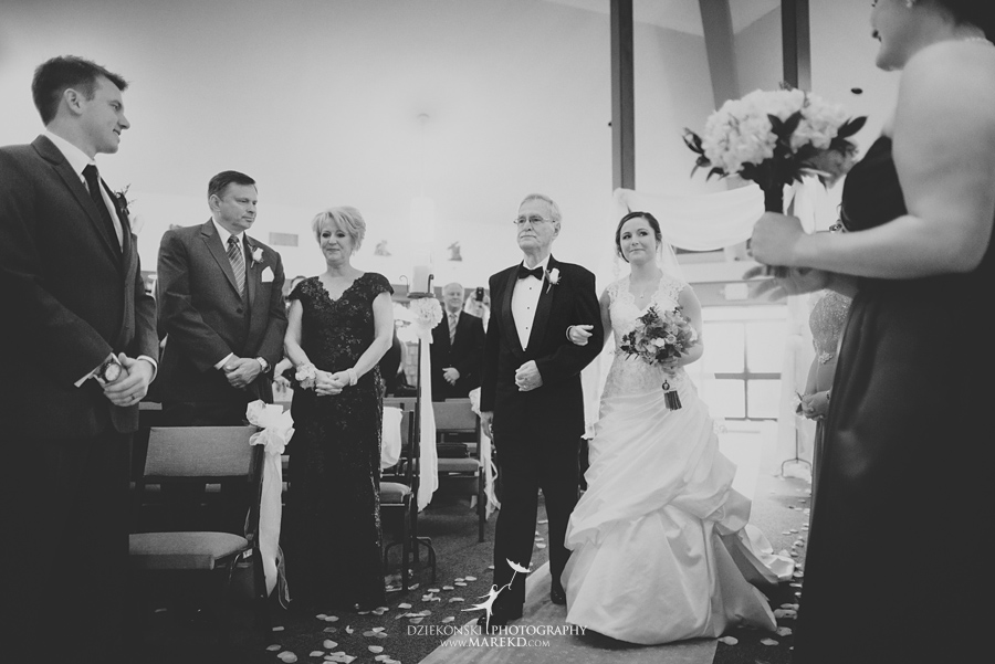 meghan-steve-wedding-ceremony-reception-captains-club-grand-blanc-michigan-winter-dark-photographer13