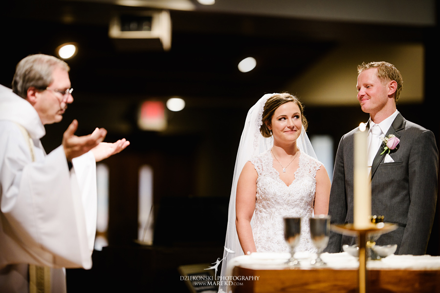 meghan-steve-wedding-ceremony-reception-captains-club-grand-blanc-michigan-winter-dark-photographer21