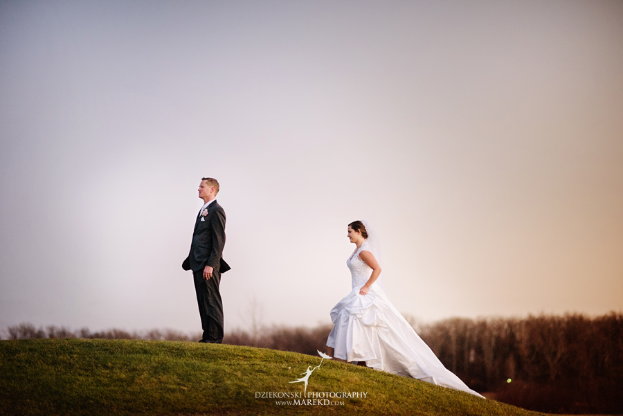 meghan-steve-wedding-ceremony-reception-captains-club-grand-blanc-michigan-winter-dark-photographer32