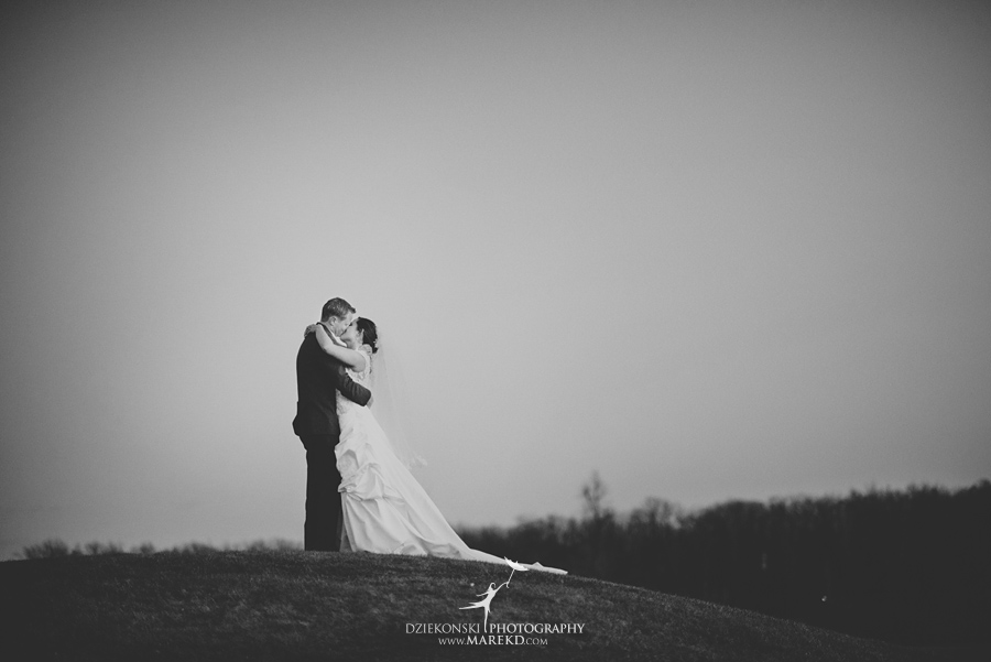 meghan-steve-wedding-ceremony-reception-captains-club-grand-blanc-michigan-winter-dark-photographer33
