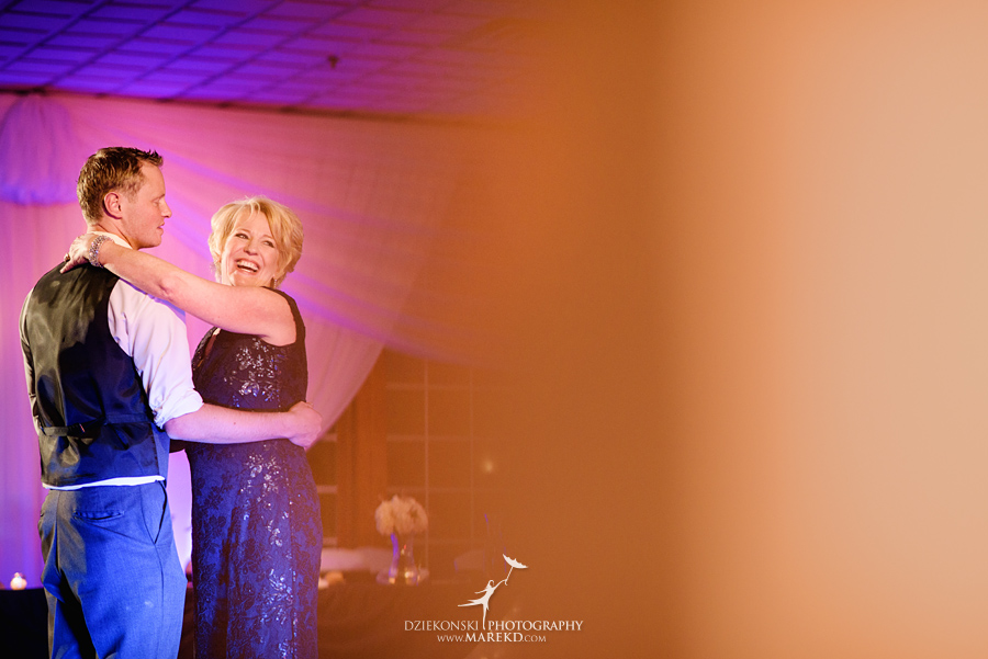 meghan-steve-wedding-ceremony-reception-captains-club-grand-blanc-michigan-winter-dark-photographer52