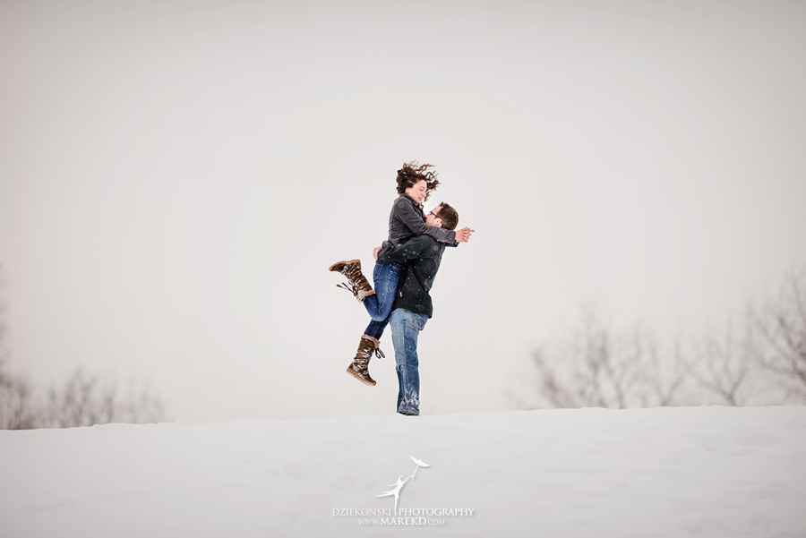 Jenna-Tim-winter-snow-cold-outdoor-engagement-session-nature-woods-flurries-michigan-clarkston-metro-detroit-pictures-photographer03