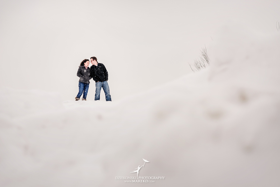 Jenna-Tim-winter-snow-cold-outdoor-engagement-session-nature-woods-flurries-michigan-clarkston-metro-detroit-pictures-photographer05