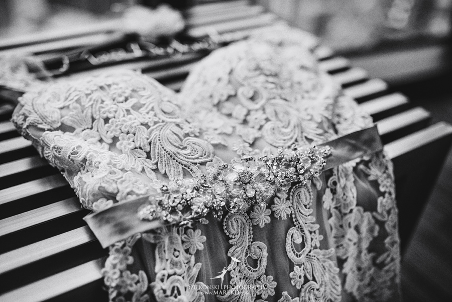 Emily-Jason-wedding-ceremony-reception-rennaisance-center-waterview-loft-water-first-look-tan-downtown-detroit02
