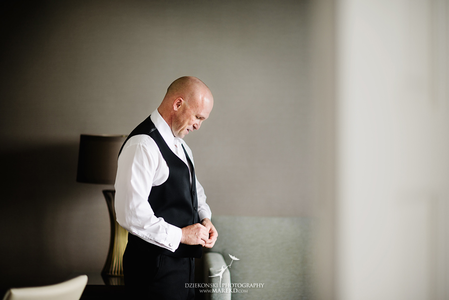 Emily-Jason-wedding-ceremony-reception-rennaisance-center-waterview-loft-water-first-look-tan-downtown-detroit09