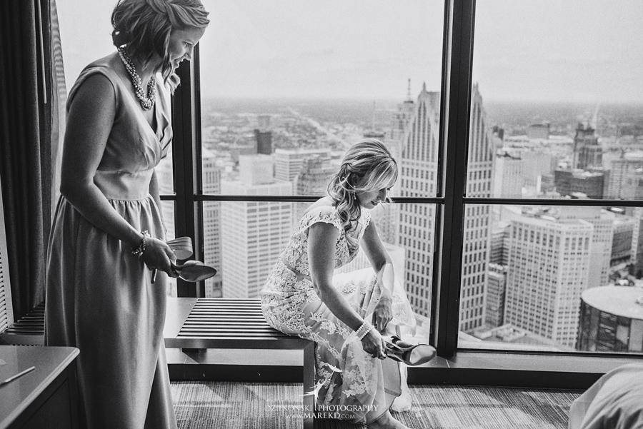 Emily-Jason-wedding-ceremony-reception-rennaisance-center-waterview-loft-water-first-look-tan-downtown-detroit15