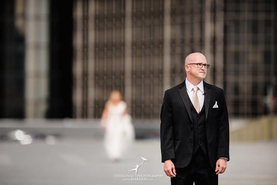 Emily-Jason-wedding-ceremony-reception-rennaisance-center-waterview-loft-water-first-look-tan-downtown-detroit16