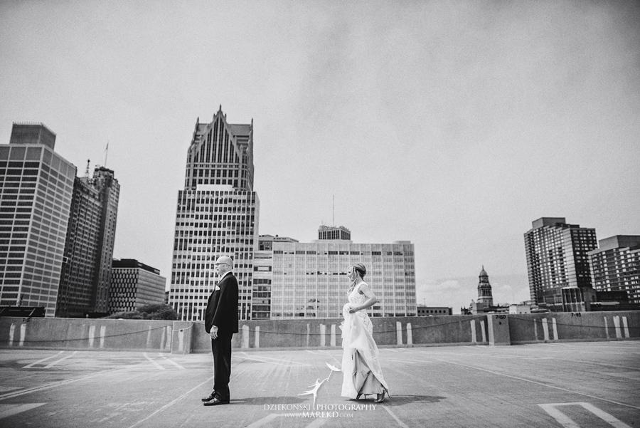 Emily-Jason-wedding-ceremony-reception-rennaisance-center-waterview-loft-water-first-look-tan-downtown-detroit18