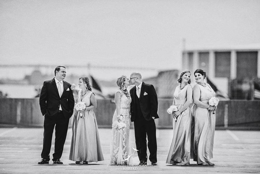 Emily-Jason-wedding-ceremony-reception-rennaisance-center-waterview-loft-water-first-look-tan-downtown-detroit22
