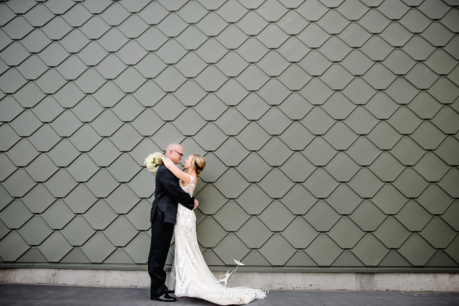 Emily-Jason-wedding-ceremony-reception-rennaisance-center-waterview-loft-water-first-look-tan-downtown-detroit30