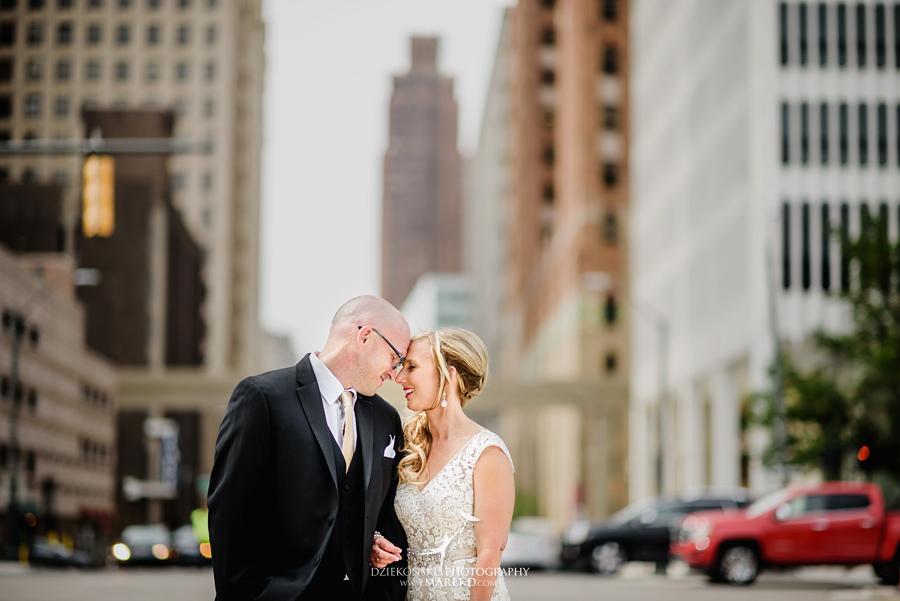 Emily-Jason-wedding-ceremony-reception-rennaisance-center-waterview-loft-water-first-look-tan-downtown-detroit31