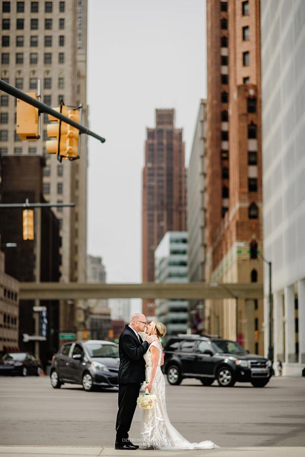 Emily-Jason-wedding-ceremony-reception-rennaisance-center-waterview-loft-water-first-look-tan-downtown-detroit32