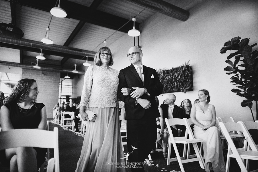 Emily-Jason-wedding-ceremony-reception-rennaisance-center-waterview-loft-water-first-look-tan-downtown-detroit39