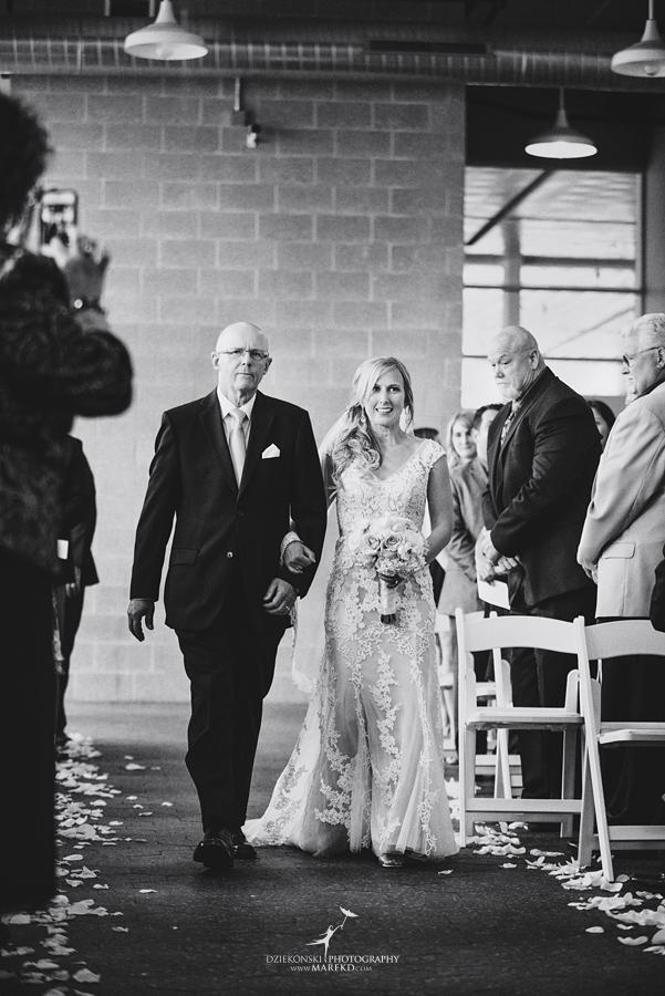 Emily-Jason-wedding-ceremony-reception-rennaisance-center-waterview-loft-water-first-look-tan-downtown-detroit42