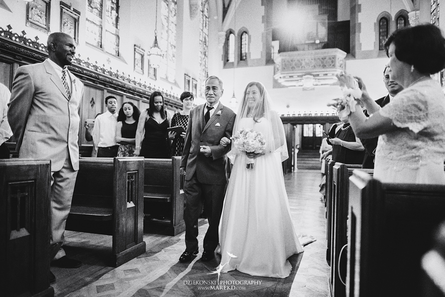 anna-charles-wedding-ceremony-reception-photographer-pictures-grosse-pointe-academy-chapel-war-memorial35