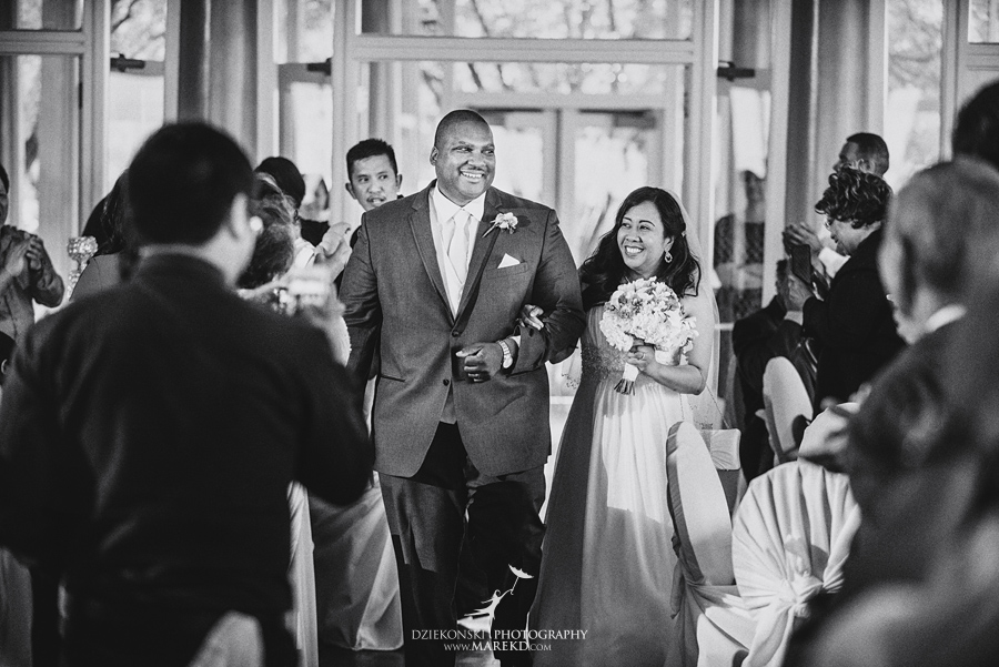 anna-charles-wedding-ceremony-reception-photographer-pictures-grosse-pointe-academy-chapel-war-memorial41