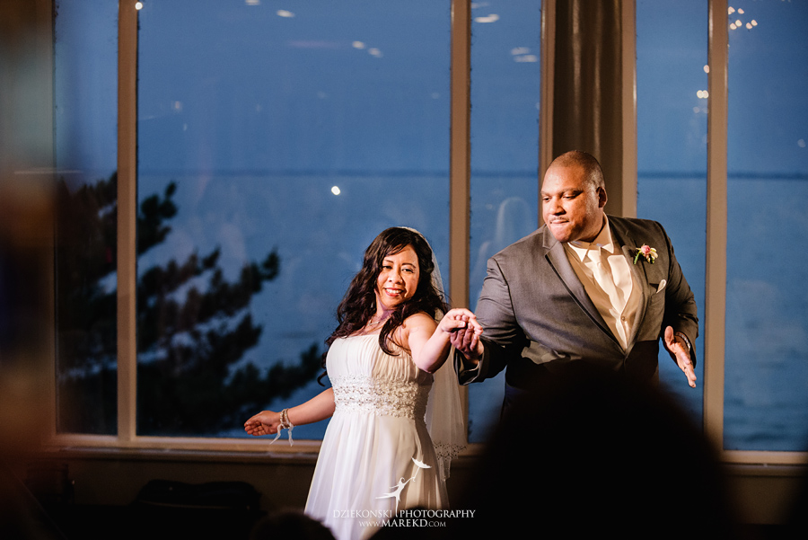 anna-charles-wedding-ceremony-reception-photographer-pictures-grosse-pointe-academy-chapel-war-memorial47